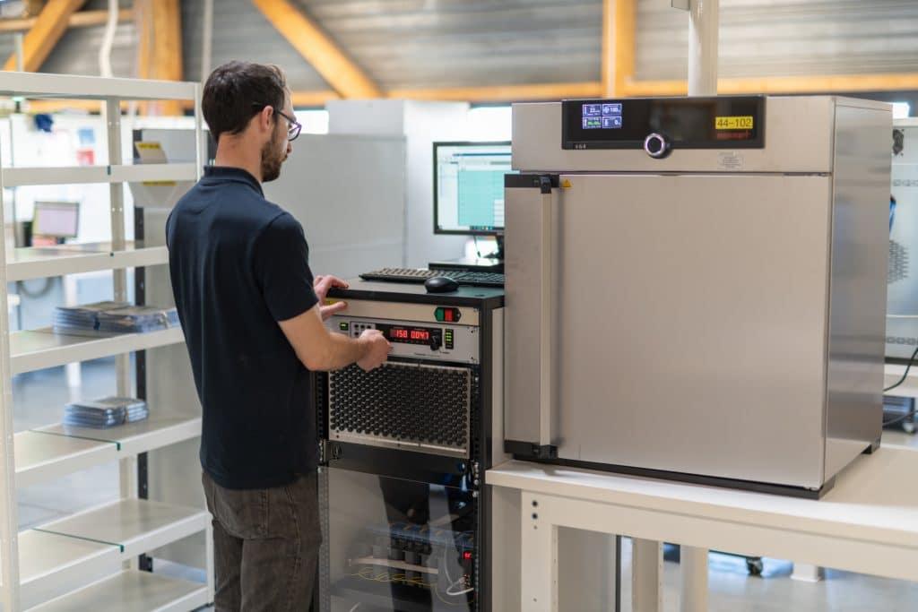 machine pour les testes électriques pour contrôle médical